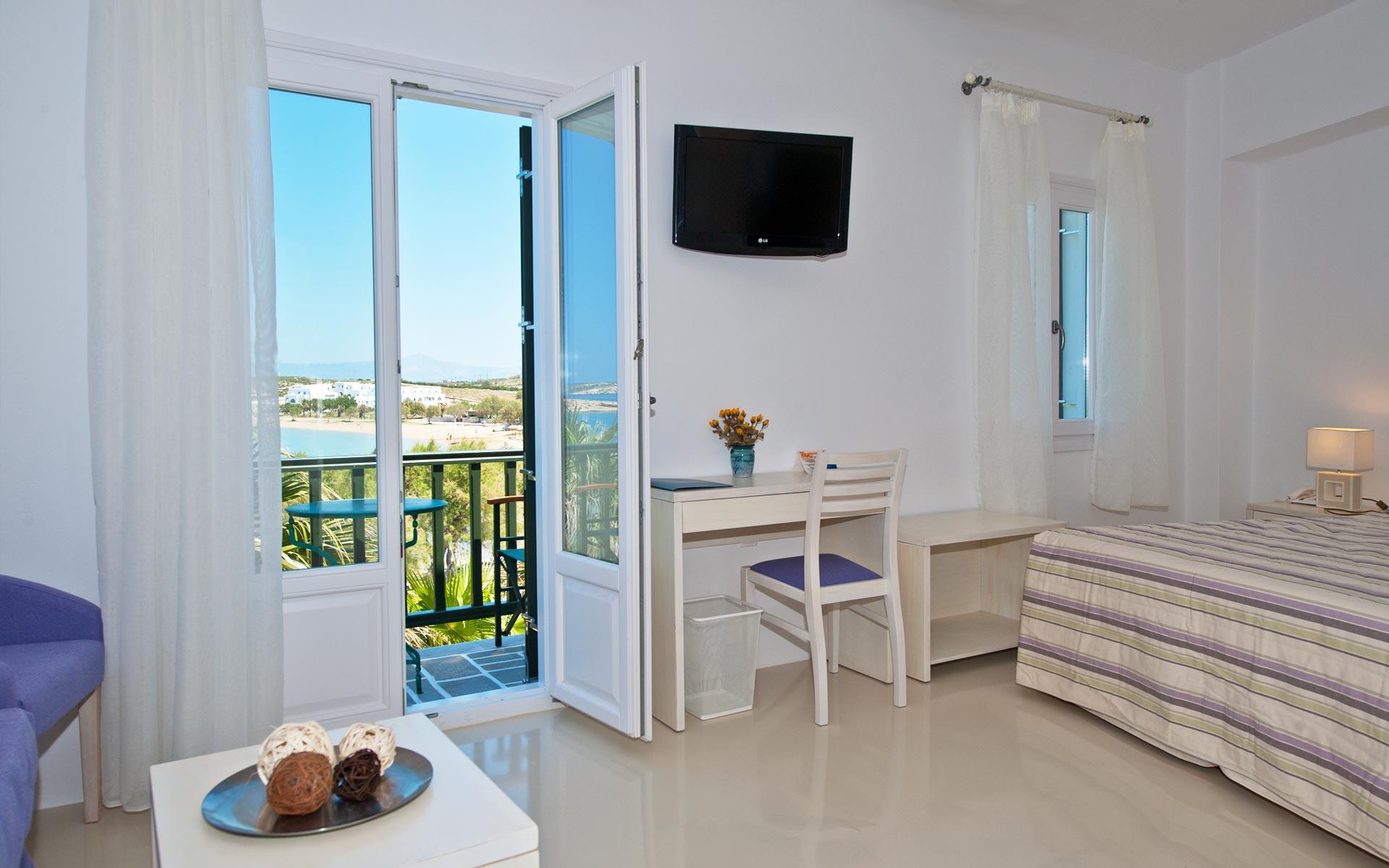 hotelkalypso-studio-paros02