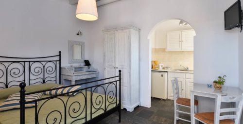 kalypso-apartments-paros-studios04