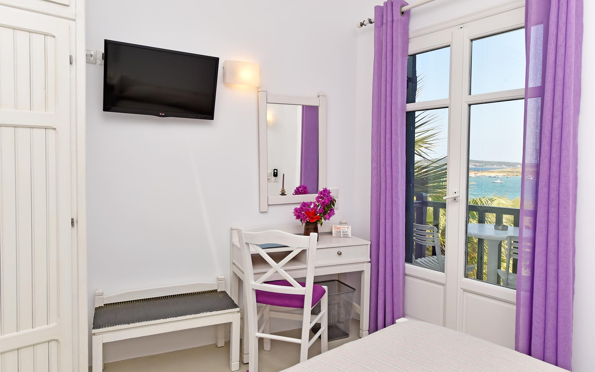 single-rooms-paros01