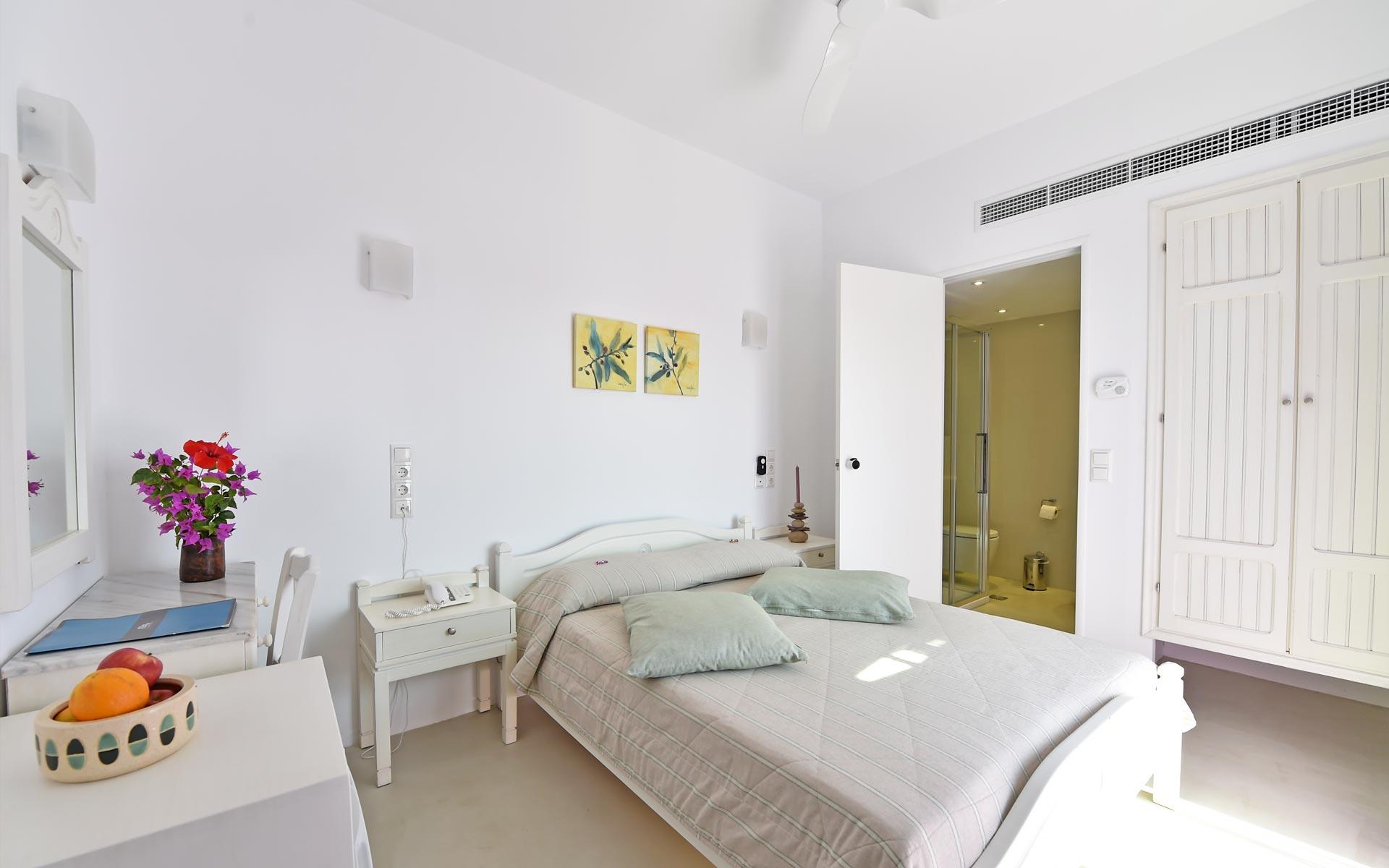 single-rooms-paros03